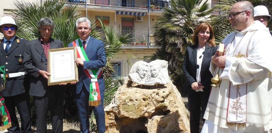 A San Cataldo si rende omaggio a Falcone e Borsellino con l'opera di un ex detenuto