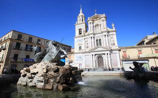 http://www.seguonews.it/musei-chiusi-e-auto-ovunque-le-disavventure-di-alcuni-turisti-a-caltanissetta