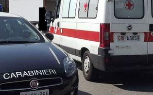 Caltanissetta, donna si toglie la vita lanciandosi dal quarto piano: sul posto carabinieri e 118