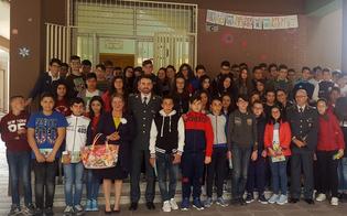 http://www.seguonews.it/a-gela-due-scuole-incontrano-le-fiamme-gialle-per-parlare-di-cultura-della-legalita-economica