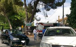 Caltanissetta, viale Stefano Candura: automobilista travolge 21enne in bici