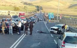 Scontro frontale sulla 626 Caltanissetta-Gela: due giovani gravemente feriti