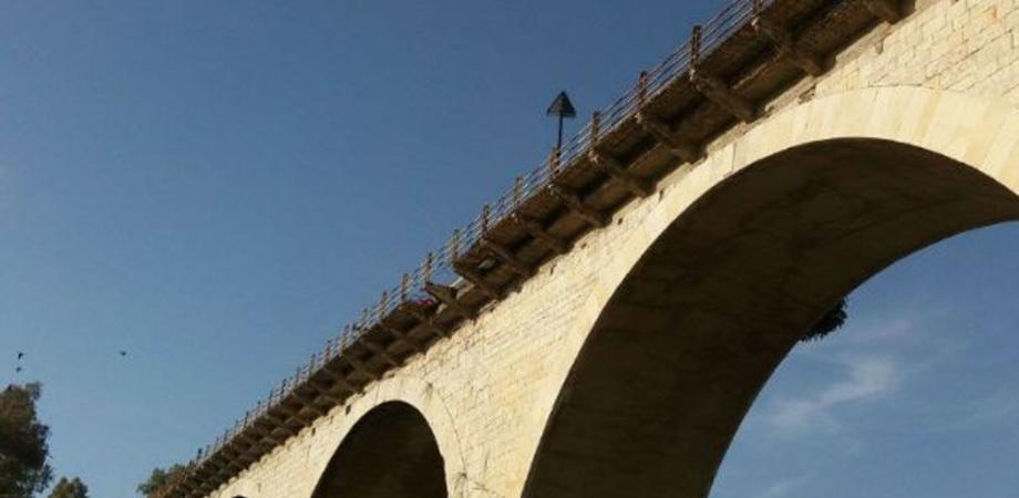 """""""Sommatino Vince"""": il ponte per Riesi sulla Ss190 è a rischio crollo"""