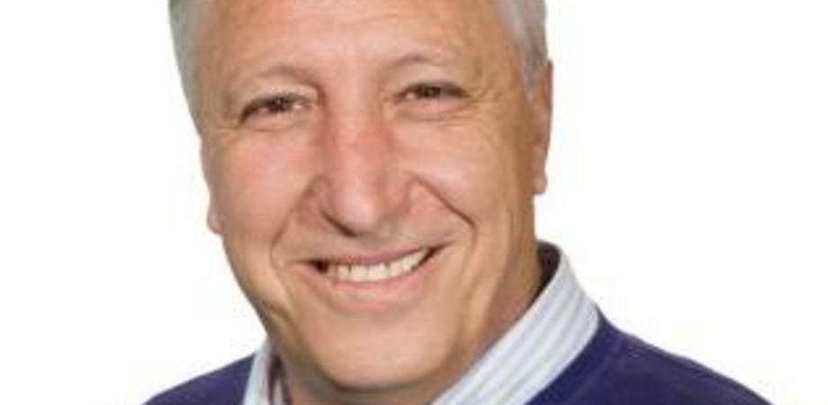 Affari politico-mafiosi: l'ex sindaco di Niscemi Franco La Rosa arrestato dalla polizia