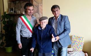 http://www.seguonews.it/in-sardegna-luomo-piu-vecchio-ditalia-ha-111-anni-nellisola-record-con-468-centenari