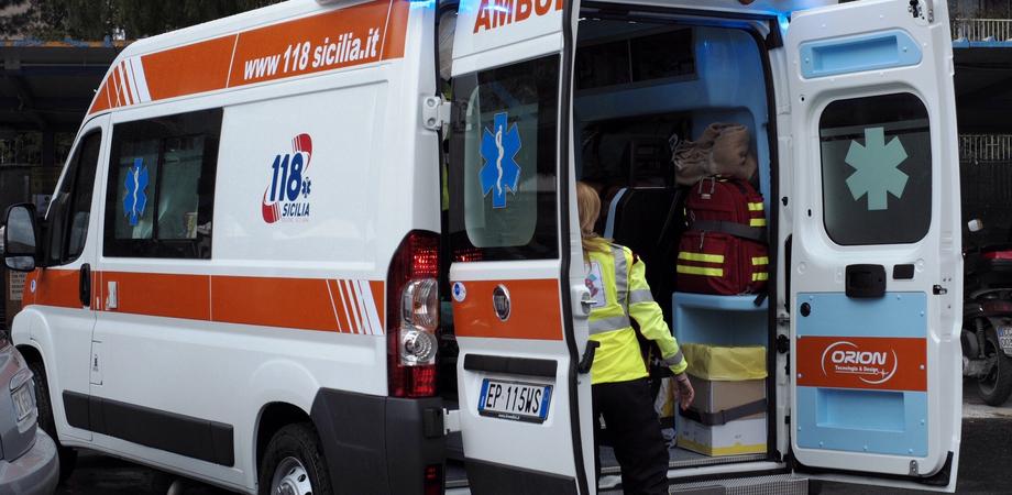 San Cataldo, scontro tra due auto in contrada Roccella: anziano e una coppia trasportati al Sant'Elia