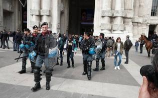 Milano, immigrato accoltella poliziotto: