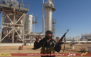 Il petrolio dell'Isis finisce in Italia: la Guardia di Finanza indaga sulle navi fantasma