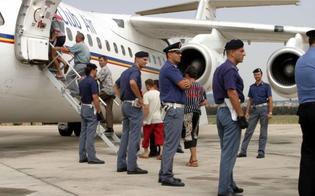 Caltanissetta, rimpatriati 20 tunisini entrati illegalmente in Italia