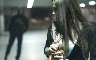 http://www.seguonews.it/perseguitava-una-donna-con-pedinamenti-e-proposte-56enne-di-riesi-arrestato-per-stalking