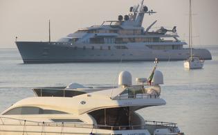 http://www.seguonews.it/isole-eolie-meta-di-vip-e-magnate-arriva-un-mega-yacht-di-85-metri-con-elicottero-a-bordo