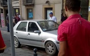 Caltanissetta, ancora un'auto contro i piloni a scomparsa: è la seconda in 6 giorni