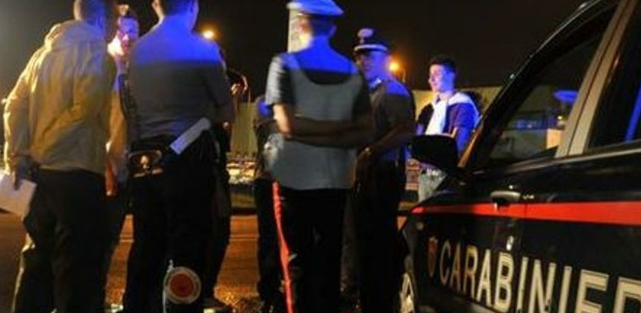 Caltanissetta, giovane neopatentato perde il controllo del mezzo e si scontra con 4 auto