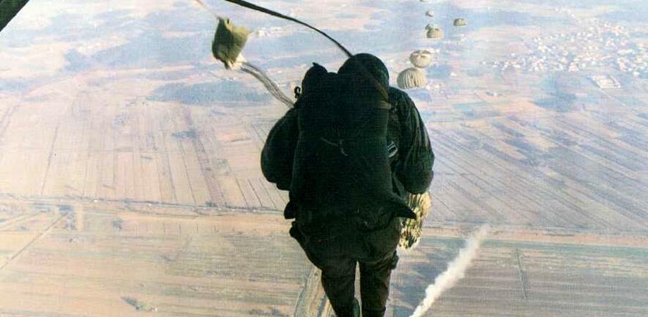 Tragedia a Caltagirone: paracadutista si schianta e muore
