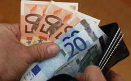 Portafoglio con 4500 euro trovato e restituito ad un commercialista nisseno