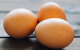 https://www.seguonews.it/i-cibi-intelligenti-delle-feste-in-attesa-del-cenone-pranzo-leggero-con-finocchi-uova-e-cicoria