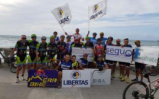 http://www.seguonews.it/arrivo-a-cefalu-dopo-120-km-per-i-ciclisti-della-asd-imera-bike-adventure-caltanissetta