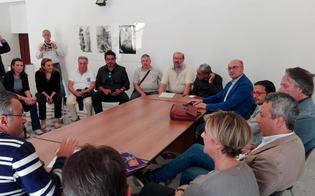 http://www.seguonews.it/caltanissetta-incontro-su-ztl-discussione-si-accende-sindaco-e-assessori-si-alzano-e-vanno-via