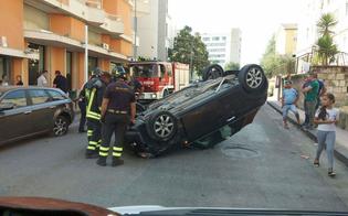 Caltanissetta, incidente in via Leone XIII: auto si ribalta ferito il conducente