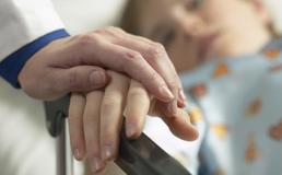 Bimbo di 4 anni affetto da tumore: Caltanissetta si mobilita per aiutare il piccolo Michele