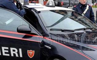 http://www.seguonews.it/caltanissetta-evade-dai-domiciliari-e-va-in-giro-per-la-citta-arrestato-dai-carabinieri