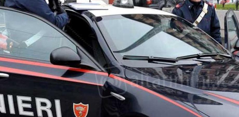 San Cataldo. Ventisettenne aggredisce la convivente durante una lite: arrestato dai carabinieri