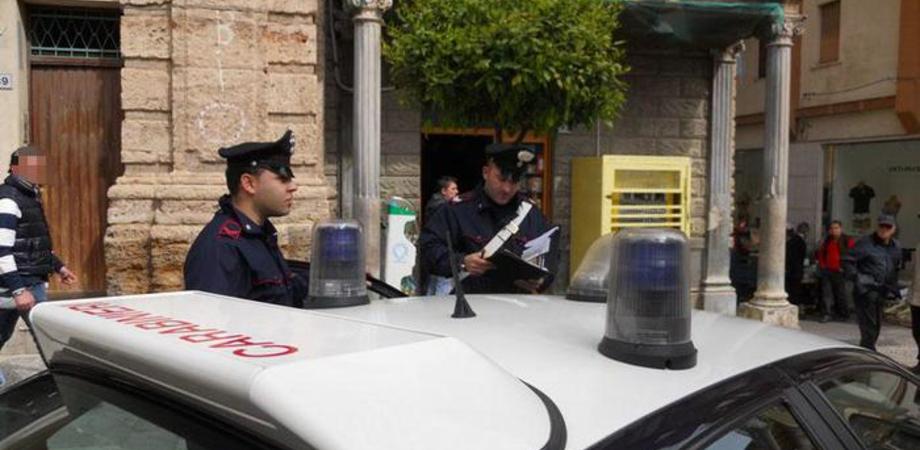 Messina, carico sporge da un camion: autista calcola male le misure e uccide una donna