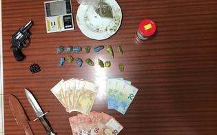 http://www.seguonews.it/san-cataldo-sorpreso-con-la-droga-e-una-pistola-23enne-arrestato-dai-carabinieri