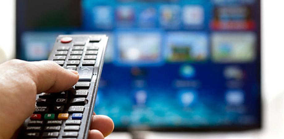 Bonus Tv fino a 50 euro per l'acquisto di un nuovo televisore digitale: è destinato alle famiglie meno abbienti