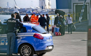 http://www.seguonews.it/violenza-sessuale-su-un-traghetto-arrestato-camionista-nisseno
