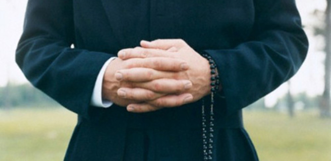 Gela, due sacerdoti positivi ma ieri hanno celebrato messa. Un paio di casi anche nella caserma della Finanza