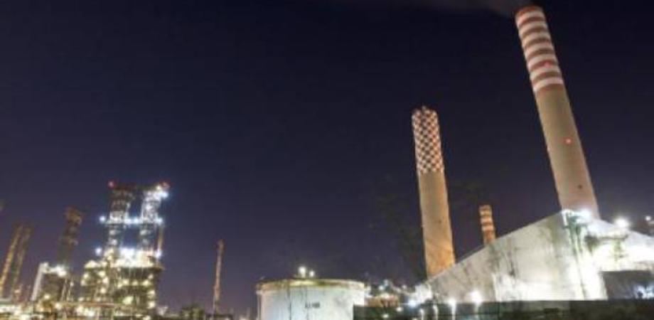 Inquinamento ambientale, chiesto il processo per cinque dirigenti della Raffineria di Gela