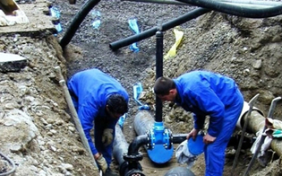 http://www.seguonews.it/emergenza-idrica-a-gela-niente-acqua-per-tre-giorni-in-alcuni-quartieri-della-citta