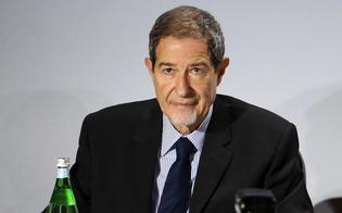 http://www.seguonews.it/i-dirigenti-della-regione-siciliana-sono-eccellenti-ed-efficienti-premi-da-6-mila-euro