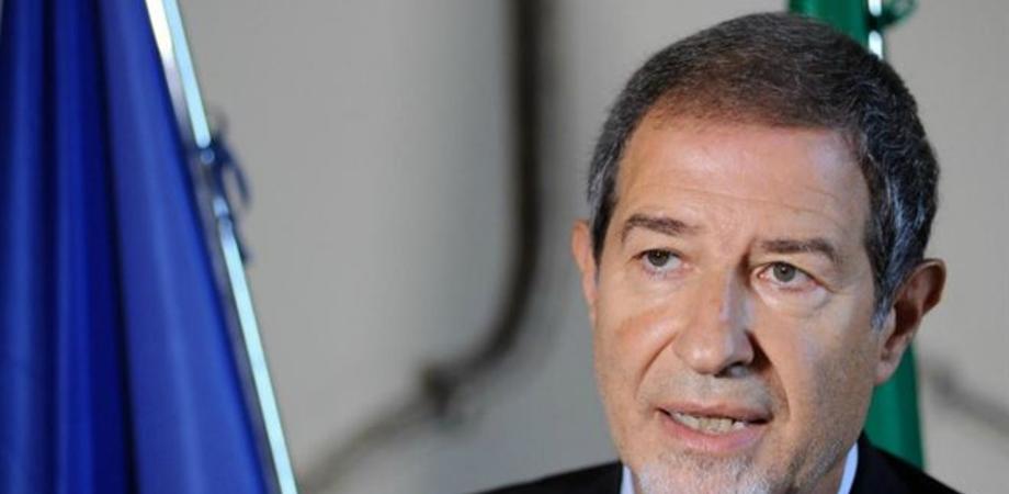 """Musumeci scrive a Conte: """"Bisogna evitare dissesto dei Comuni"""""""
