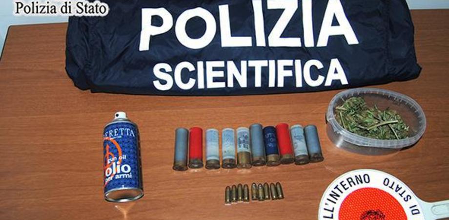 Droga e armi nella sua abitazione di via Venezia: arrestato a Gela un 25enne