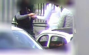 http://www.seguonews.it/catania-e-il-fortino-della-droga-bimbo-di-6-anni-utilizzato-per-lo-spaccio
