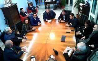 http://www.seguonews.it/il-sindaco-di-gela-completa-la-sua-squadra-melfa-granvillano-e-caci-nominati-assessori