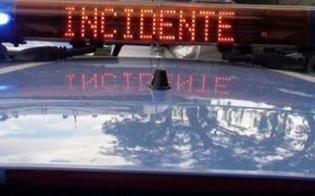 Incidente sulla Vittoria – Gela. Auto si ribalta e finisce fuori strada