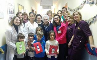 http://www.seguonews.it/caltanissetta-al-centro-diurno-alzheimer-anziani-e-bimbi-insieme-realizzano-i-biglietti-di-natale