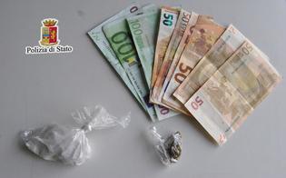 Niscemi, consegna spontaneamente la marijuana e i poliziotti insospettiti trovano anche la cocaina: arrestato
