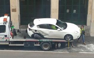 Caltanissetta, carambola in via Rosso di San Secondo: centra 3 auto e finisce in ospedale