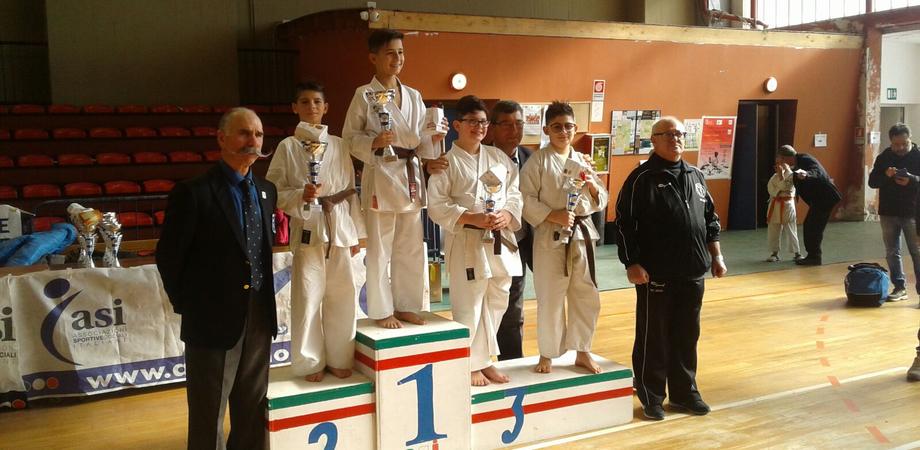 Karate, gli atleti della palestra gelese Sicilia Bench Press