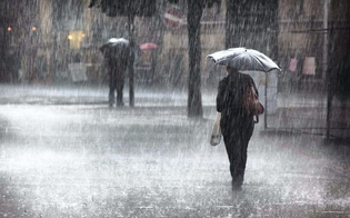 http://www.seguonews.it/maltempo-in-arrivo-in-sicilia-attesi-temporali-con-grandinate-e-raffiche-di-vento