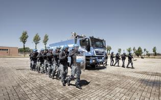 http://www.seguonews.it/presentato-il-nuovo-calendario-della-polizia-il-ricavato-allunicef-per-il-progetto-bimbi-migranti