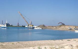 http://www.seguonews.it/gela-il-porto-torna-ad-insabbiarsi-il-comitato-pronto-a-nuove-proteste-e-a-chiedere-un-incontro-con-musumeci
