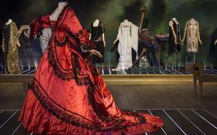 """""""Magnificenza e trame d'arte"""", a Palazzo Moncada mostra di abiti antichi"""