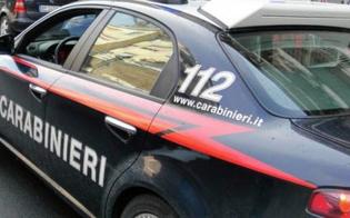 https://www.seguonews.it/insegue-la-ex-del-compagno-fino-in-caserma-poi-sferra-un-pugno-ma-colpisce-un-carabiniere