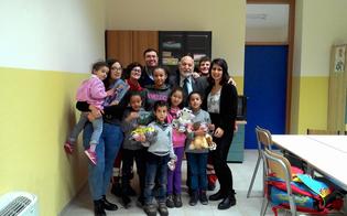 Caltanissetta, la befana della Cri porta i doni ai bimbi immigrati