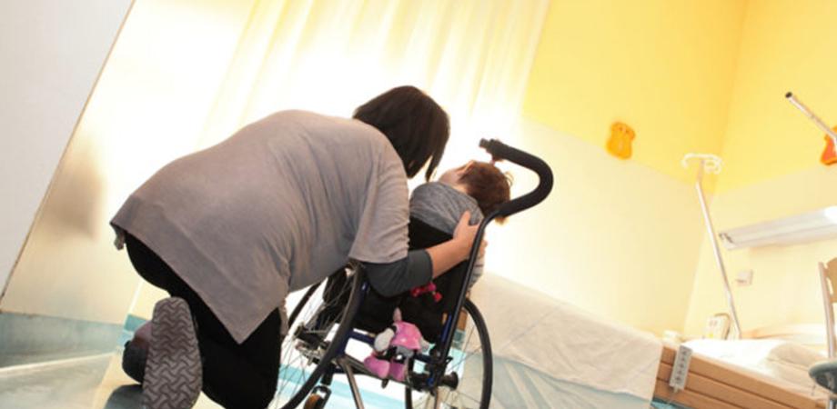"""Caltanissetta: """"Mia figlia affetta da Sma messa alla porta dal reparto di Pediatria"""", nota di una lettrice nissena"""
